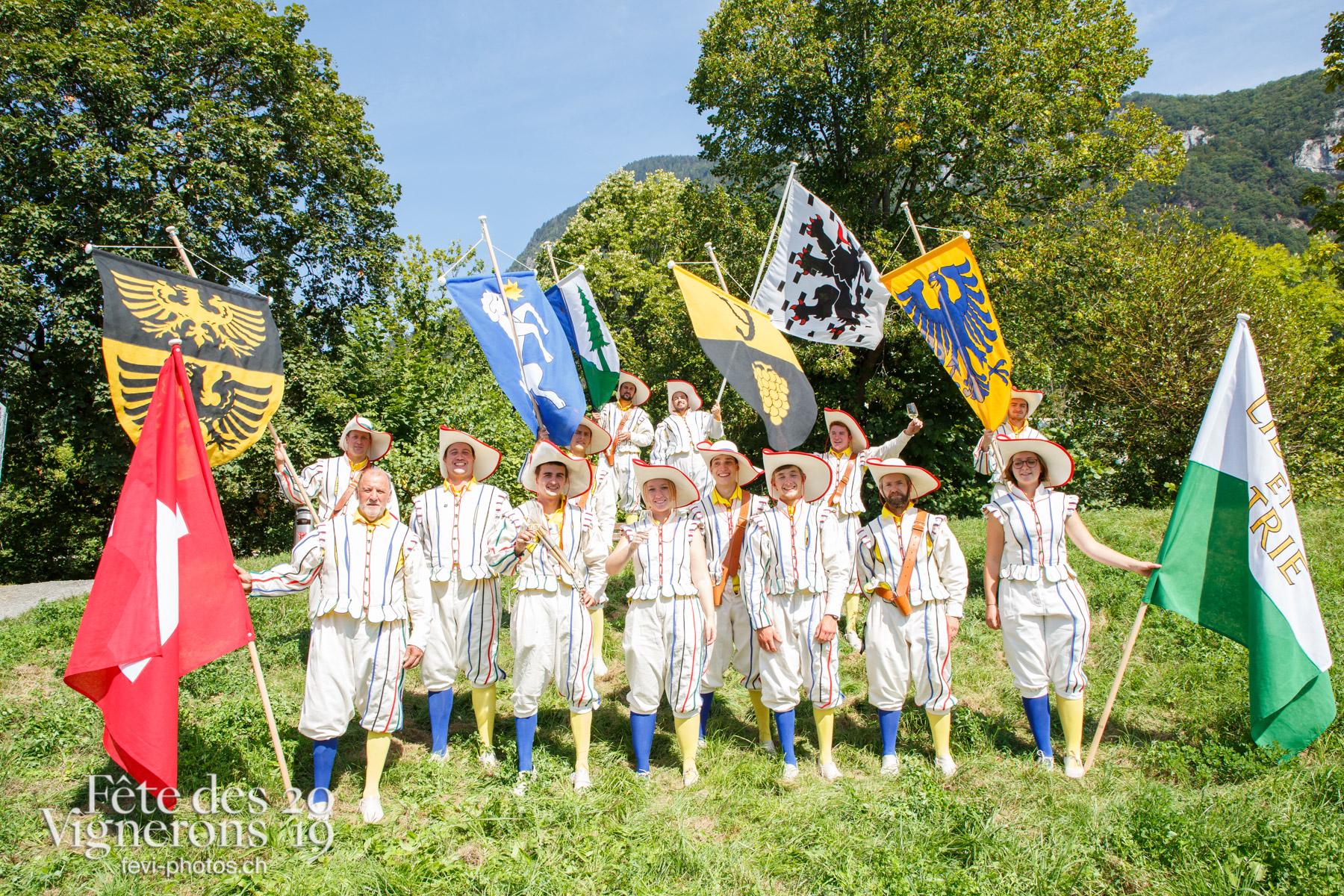 Récéption Aigle-Yvorne - Porteurs drapeaux, Récéption Aigle-Yvorne. Photographes de la Fête des Vignerons 2019