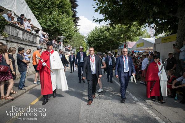 B80I02482019-07-26_cortege_VS_photoshop_©JulieMasson - Cortège, journee-cantonale-valais, Journées cantonales, Valais, Photographies de la Fête des Vignerons 2019.