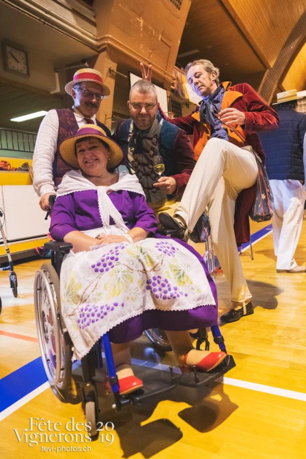FeVi2019 - Réception ville de Vevey - danseurs-saint-martin, Hommes du premier printemps, Saint-Martin, vevey-remercie-les-figurants-et-benevoles, Photographies de la Fête des Vignerons 2019.