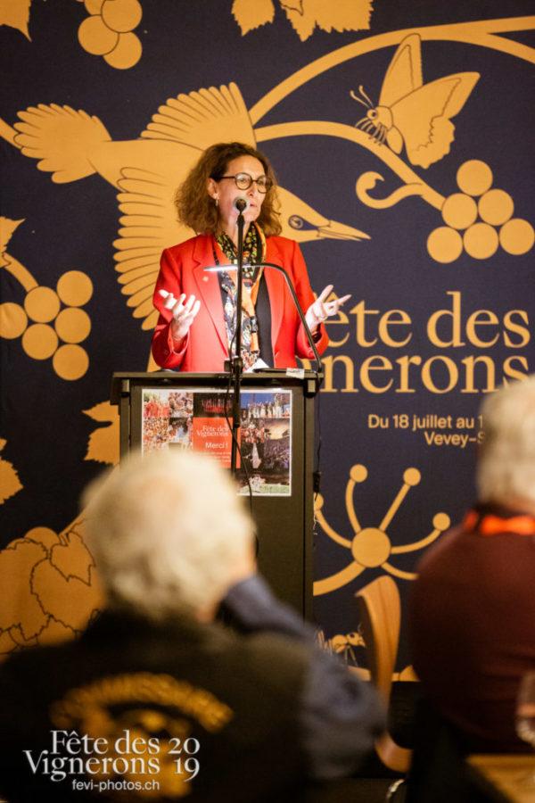Soirée des commissaires, remise de médailles aux commissaires de la Fête.